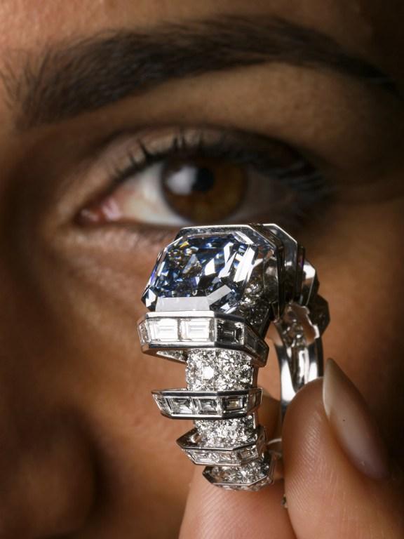 FILES-SWITZERLAND-AUCTION-LUXURY-DIAMOND-RING-CARTIER