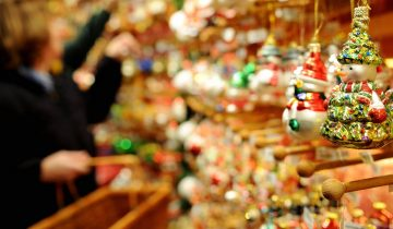 epa02461945 Christmas decoration hangs in a shop on the christmas market in Hamburg, Germany, 22 November 2010. The christmas market is open from 22 November until 23 December 2010.  EPA/ANGELIKA WARMUTH
