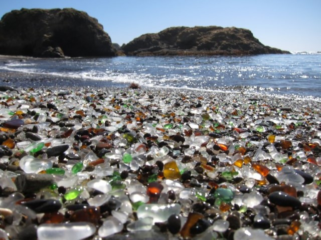 4-glass-beach-california