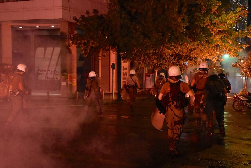 riots-02