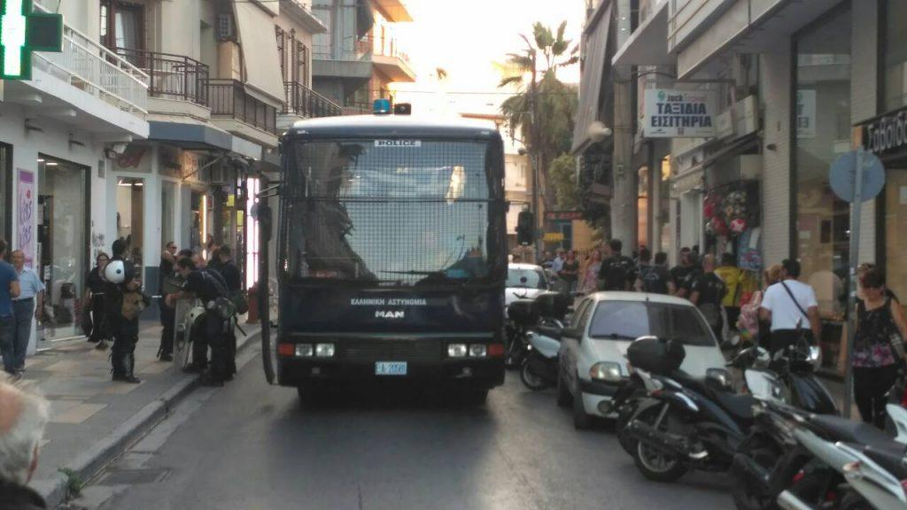 tsipras-metra-1