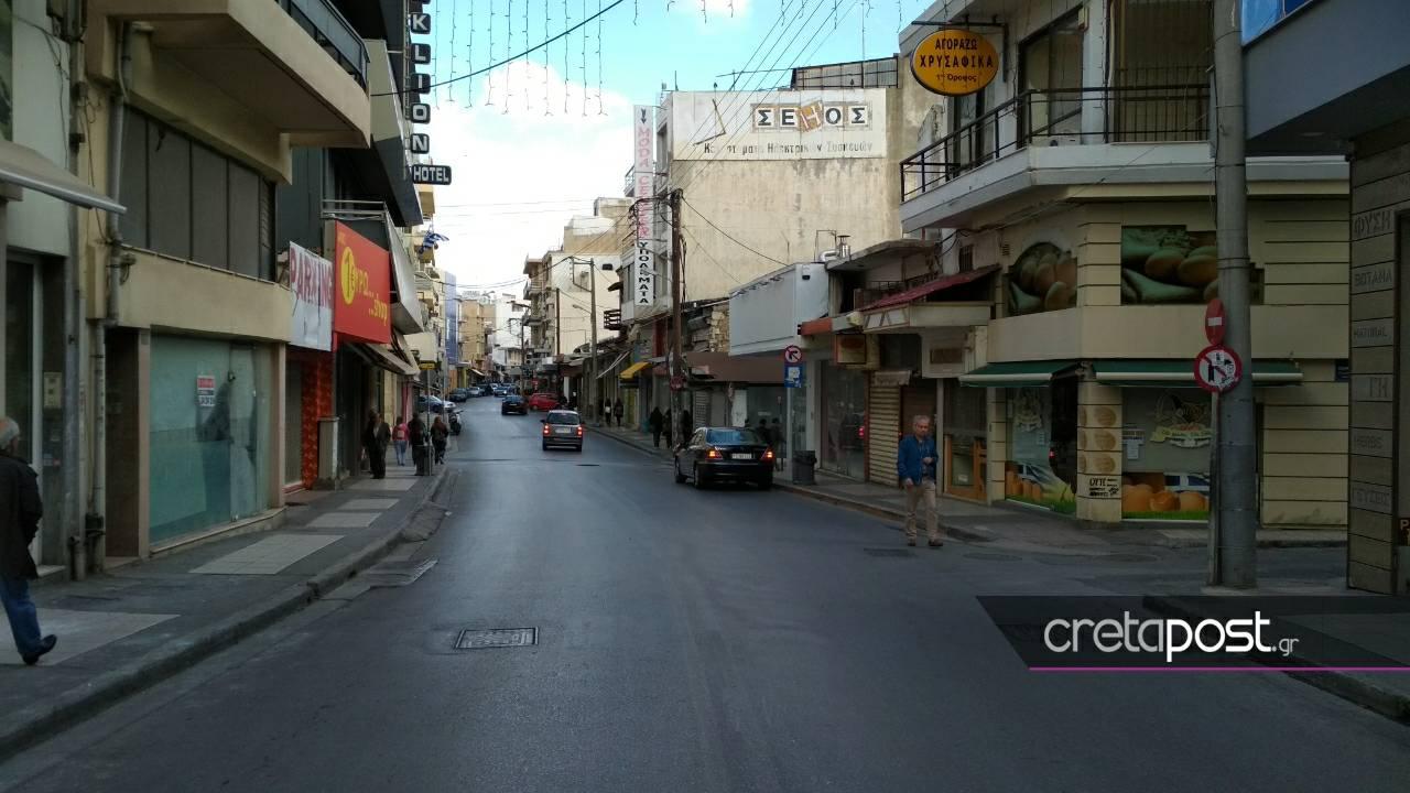 """Κεντρικοί δρόμοι που άλλοτε """"έσφυζαν"""" από ζωή και καταστήματα"""