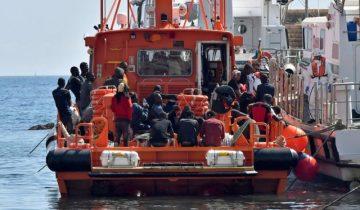 113 migrants rescued in Almeria