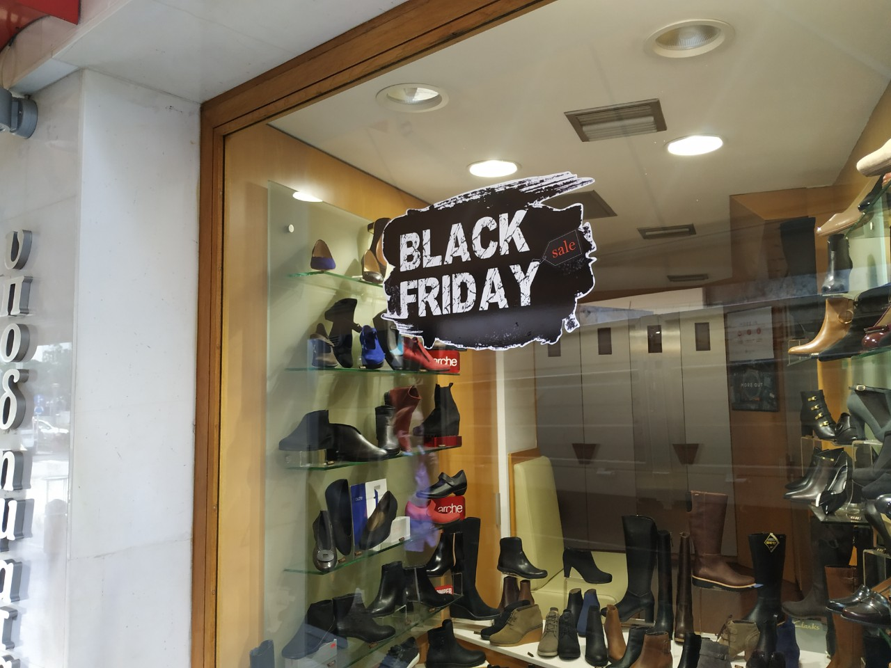 black-friday3