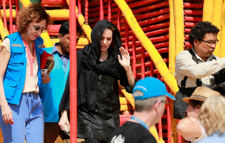 Bangladesh Rohingya Angelina Jolie