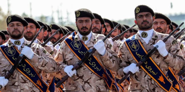 iran-enoples-dynameis