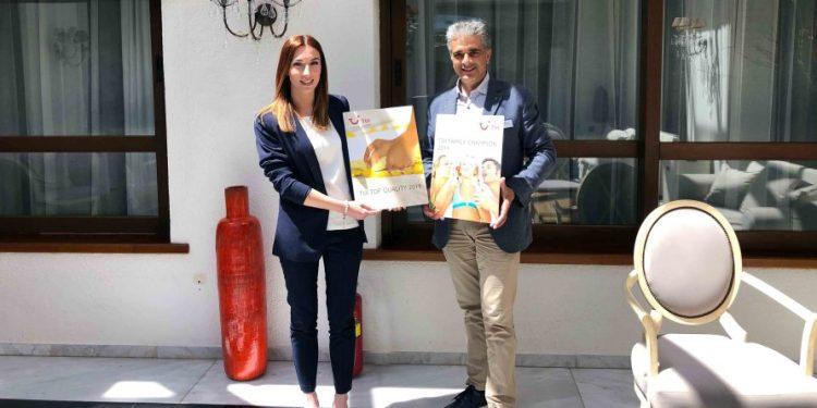 creta-maris-tui-awards_small