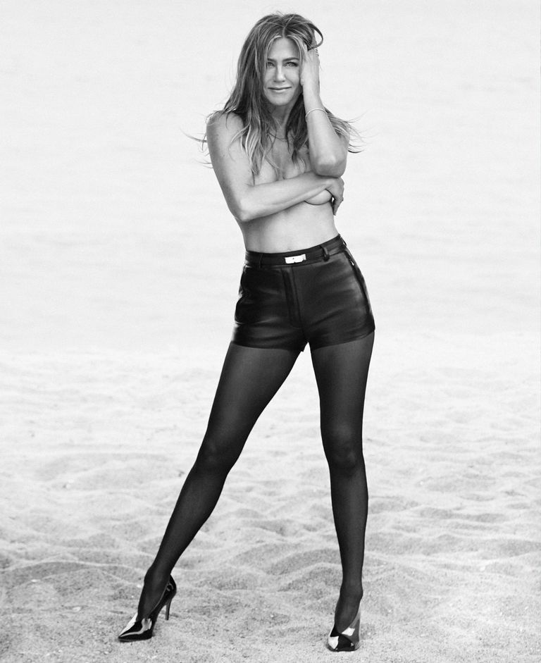 aniston-topless