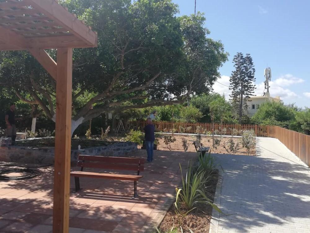 Το πάρκο Καραμανλή μετά την ανάπλαση.