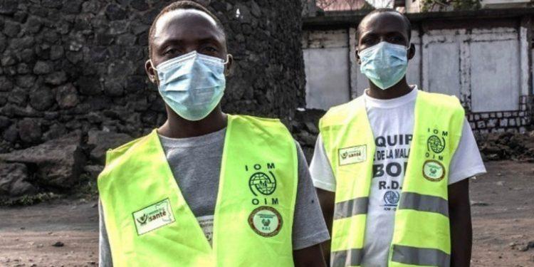 ebola-maskes-dyo-antres