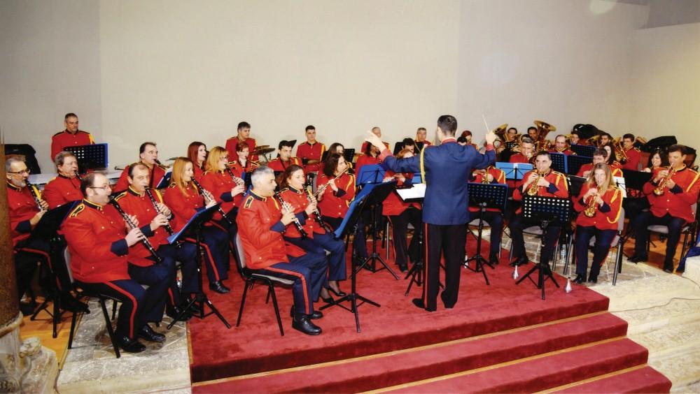 Νότες αισιοδοξίας από τη Φιλαρμονική με ένα Instant Concert ...