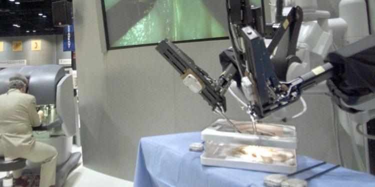 giatros-iatreio-robot