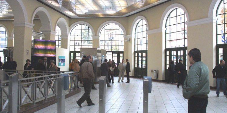 monastiraki-metro-epithesi-08-11-2019