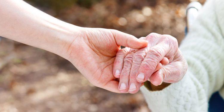 pososta_anoias_elderly2