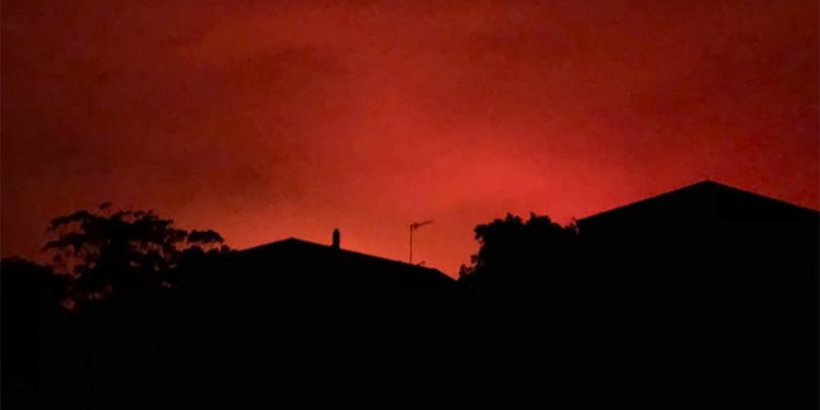 kokkinos-ouranos-australia
