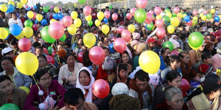 myanmar-polites-balonia-12-02-2020