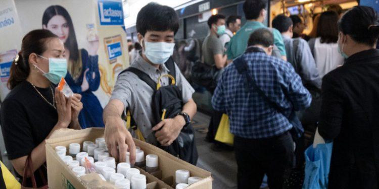 coronavirus-thailand-apolymansi-maska