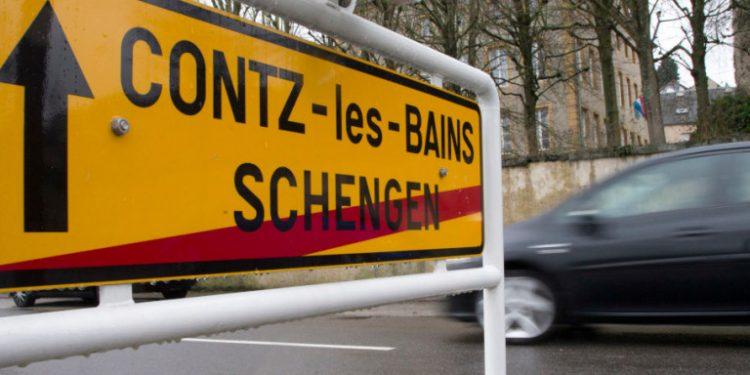 schengen-sign-top