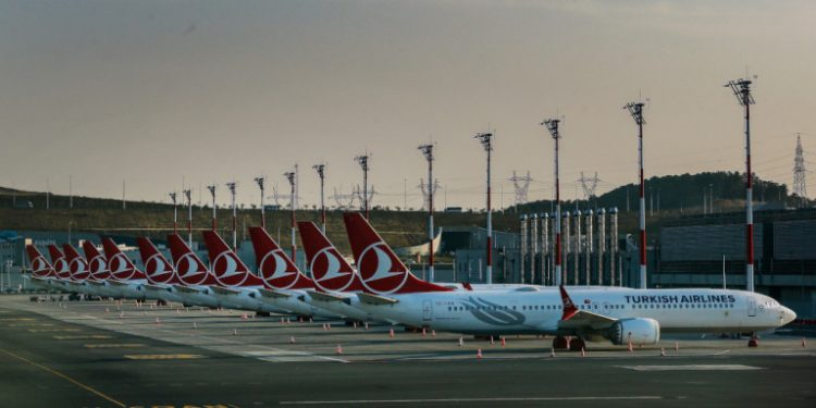 turkish-airlines-istanbul-airport-aeroplana