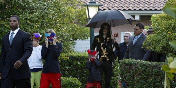 michael-jackson-paidia-maskes
