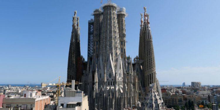 sagrada-familia-barcelona-spain-kleisti