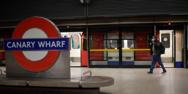koronoios-bretania-metro-subway