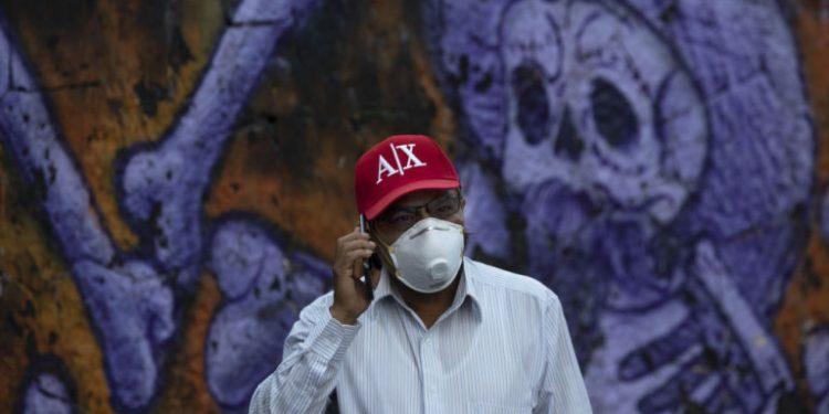 mexico-koronoios-maska