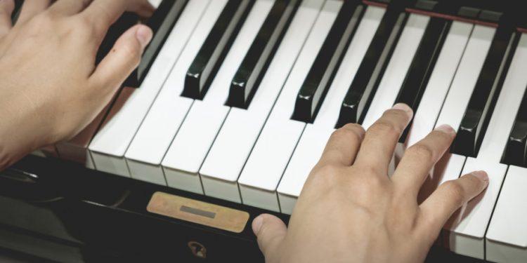 st-music-piano