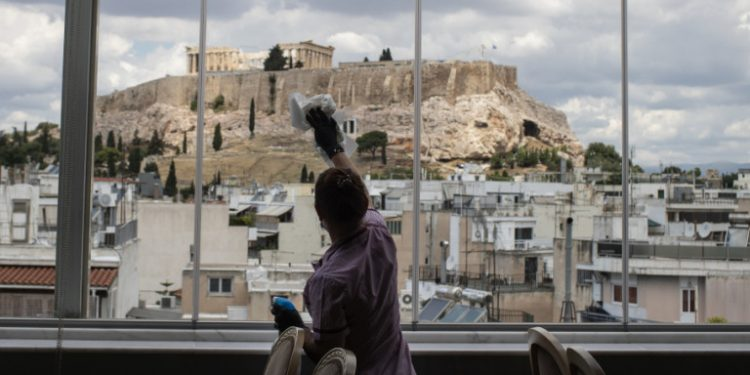athina-akropoli-korwnoios