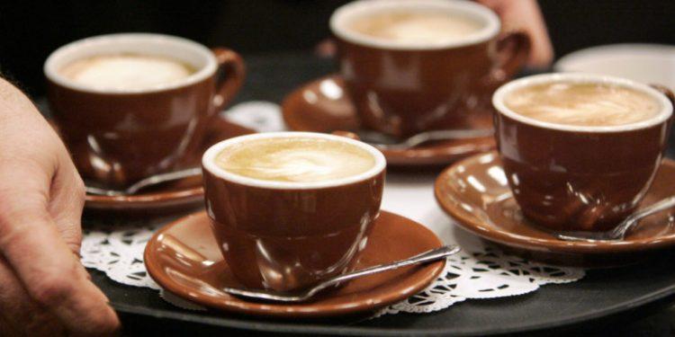 cappuccino-kafes-flitzania