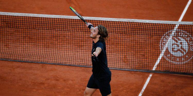 stefanos-tsitsipas-tennis-roland-garros-07-10-2020_0