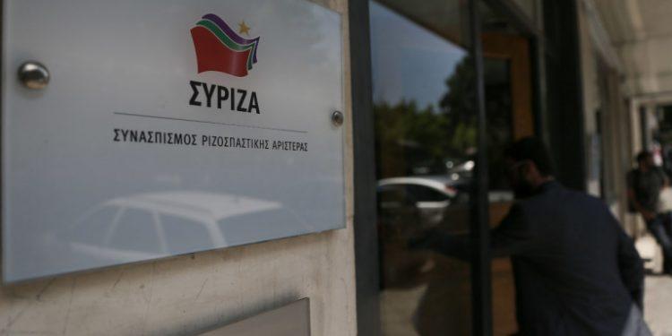 syriza-sima-koumoundourou