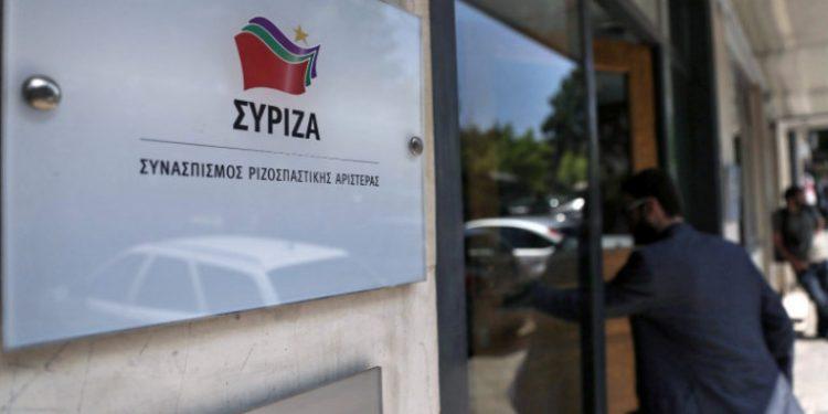 syriza-sima-koumoundourou_0