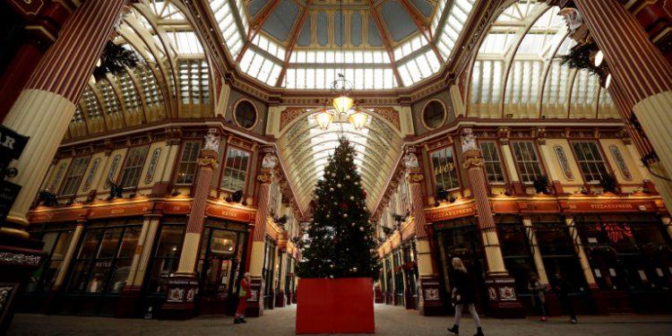 christmas-mall-britain