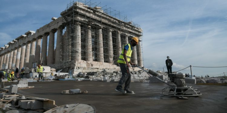 ergates-stin-akropoli