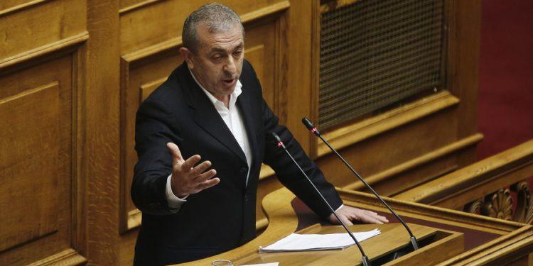 Ο βουλευτής του ΣΥΡΙΖΑ Σωκράτης Βαρδάκης μιλάει από το βήμα στη συζήτηση για τον Προϋπολογισμό του 2020 στην Ολομέλεια της Βουλής, Τετάρτη 18 Δεκεμβρίου 2019. Συνεχίζεται η συζήτηση στη Βουλή για τον Προϋπολογισμό του 2020,  η οποία θα ολοκληρωθεί με ψηφοφορία σήμερα το βράδυ.  ΑΠΕ- ΜΠΕ/ΑΠΕ- ΜΠΕ/ΑΛΕΞΑΝΔΡΟΣ ΒΛΑΧΟΣ
