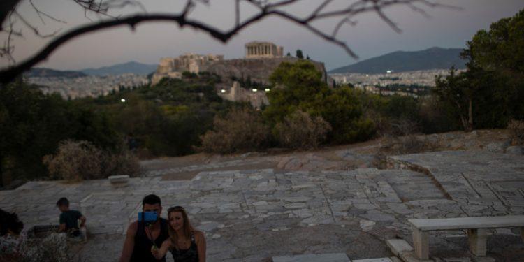 akropoli-axioxreo-elladas-tameio-anakampsis-moodys-14-12-20