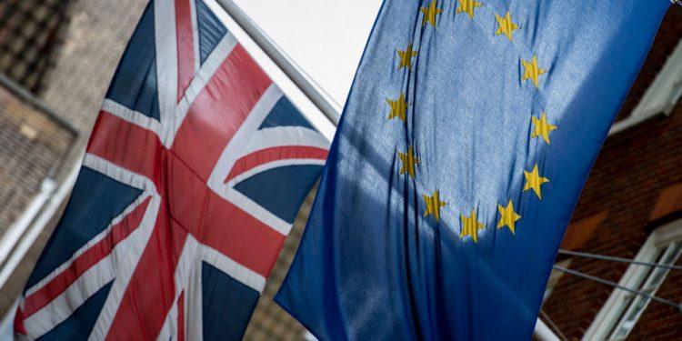 brexit-ap-flags-1_0