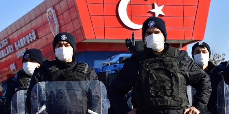 ap-turkey-police