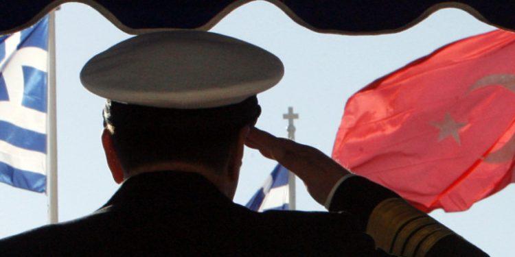 greece-turkey-flags-salute