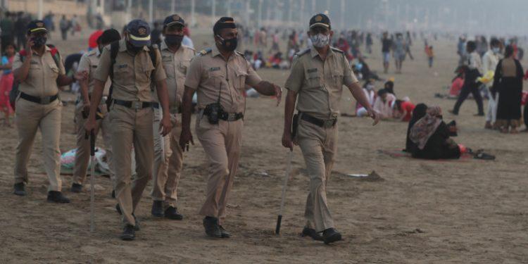 india-astynomikoi-maskes-3-1-21