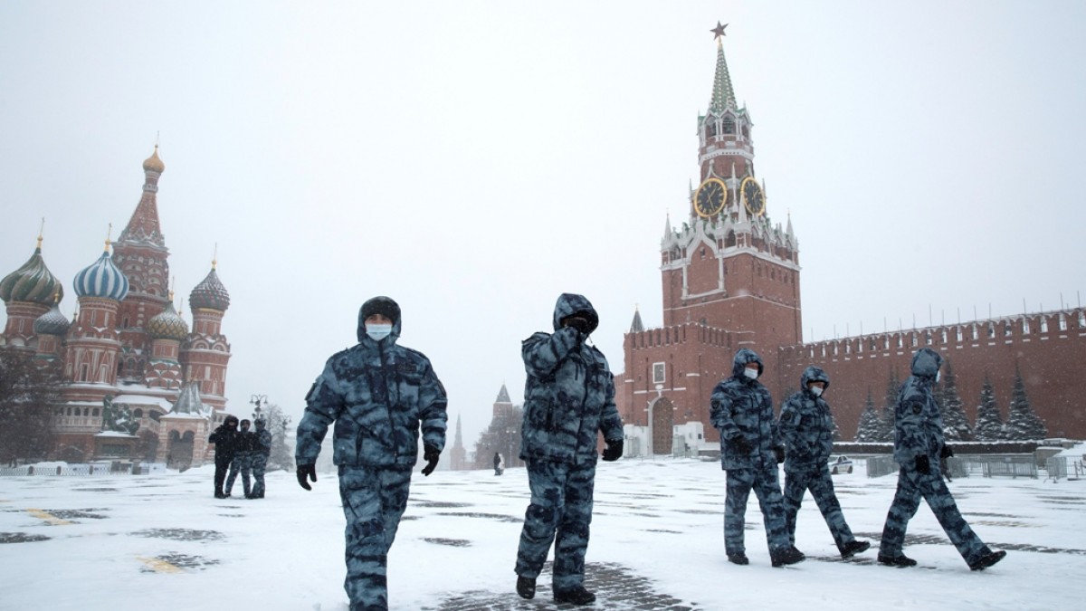 moscow-snow-russia23-ap