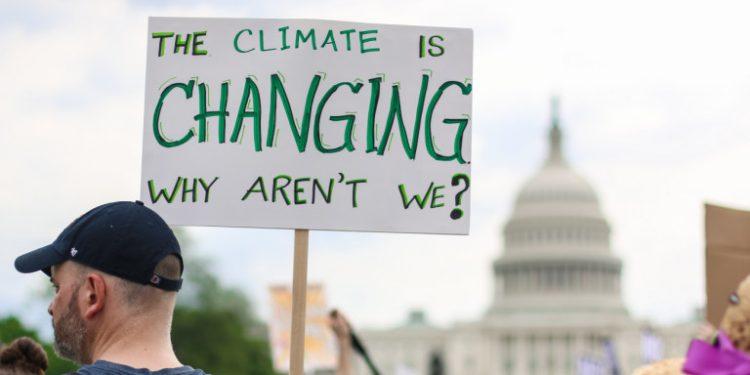 pano-gia-klimatiki-allagi