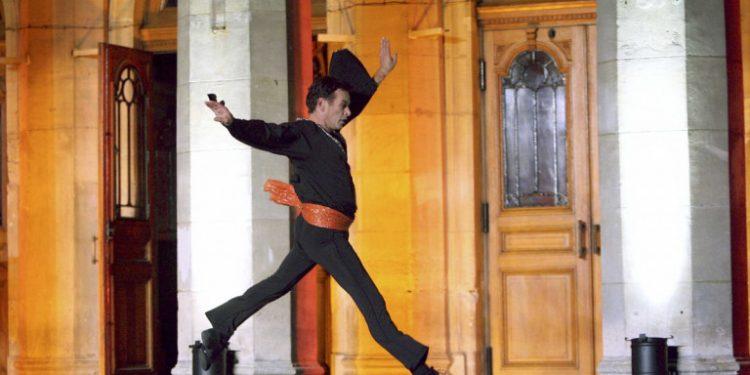 dupond-ouvre-ecole-danse-bordeaux