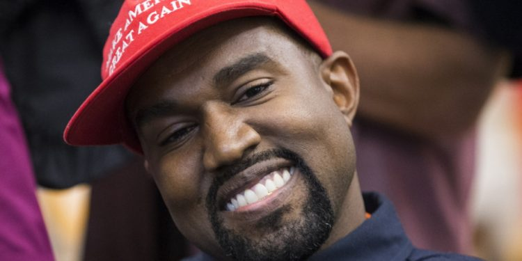 kanye-west-kapelo-make-america-great-ape