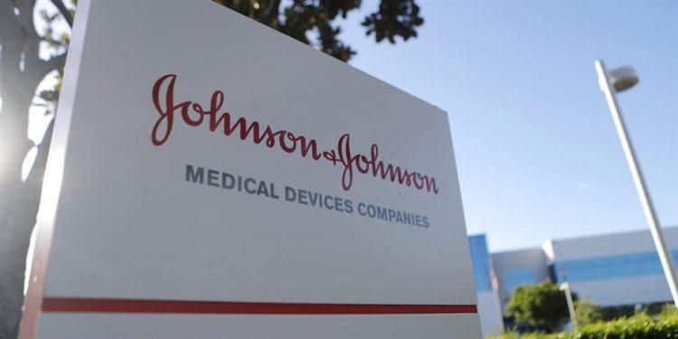 1482034-johnson-and-johnson-930