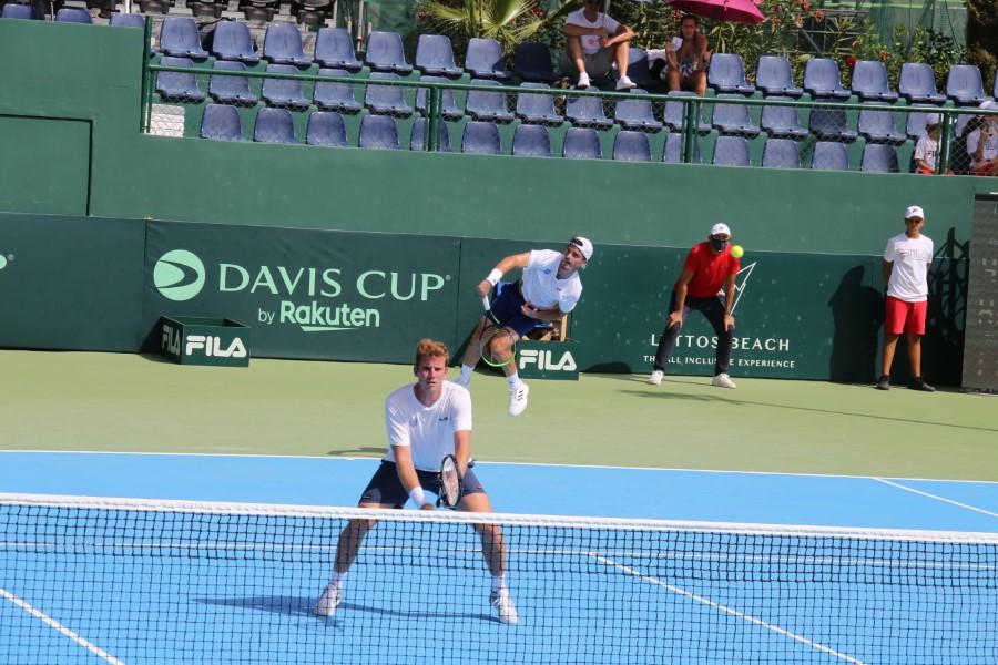 davis_cup_tsitsipas_petros_kalovelonis_markos