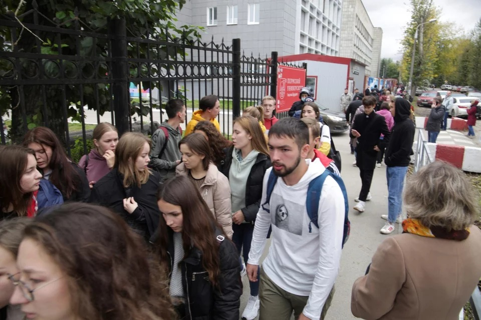 russia-university-shooting-2