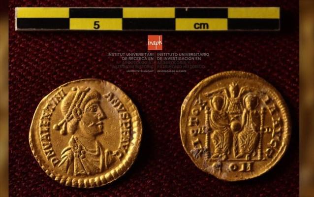 thisauro-apo-tin-ptosi-tis-romaikis-autokratorias-brikan-erasitexnes-dutes-4